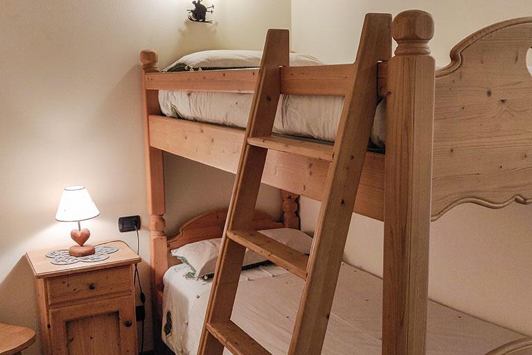 Nuovo letto castello camera knols